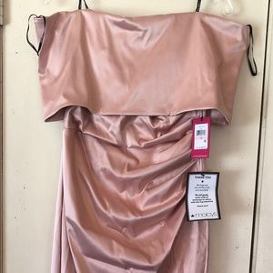 Elegant Vince Camuto full length gown.